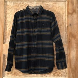 Boys gap blue stripped  flannel shirt. Size large